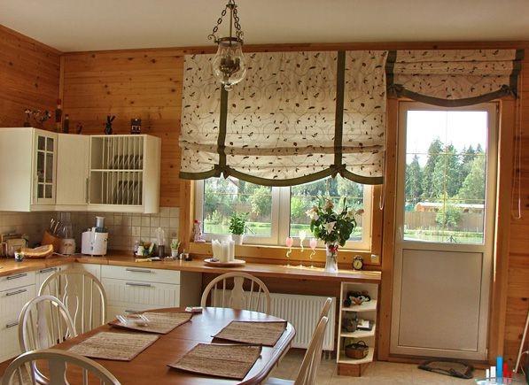 Кухня идеи дизайна в деревянном доме 9